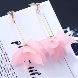 NEW Boho Resin Flower Earrings With CZ Posts